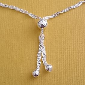 Mooi zilver enkelbandje voor moeder